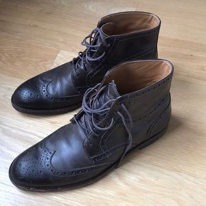 Johnson and Murphy Clayton Wing tip shoes